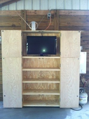 Outdoor-TV-Cabinet-3--e1401469506783